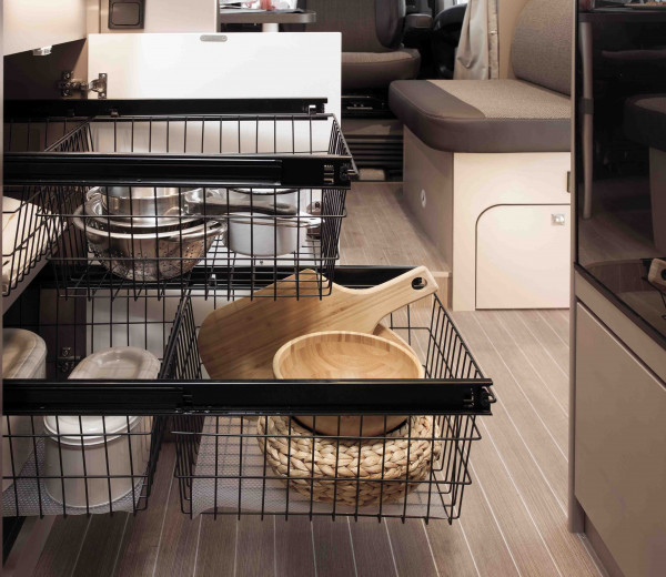 Kitchen pullout with two handy baskets